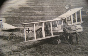 Wings of Glory WWI Gotha G.V 670-16 - Aschoff