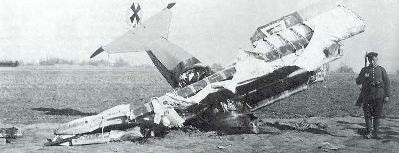 800x_Lothar_crash_Fokker-DrI.jpg