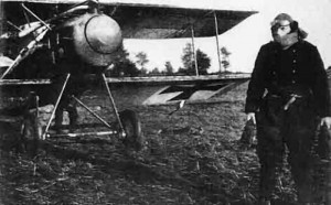Hauptmann Oswald Boelcke, dressed in flying kit and about to fly his Albatros D.Il.