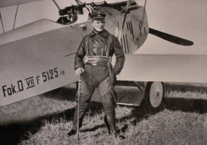 Hermann Göring in front of the Fokker D.VII.