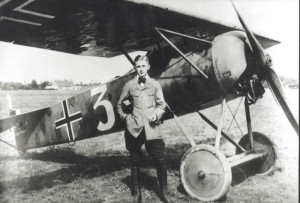 Hans Goerth of Marine Feld Jasta III, with his Fokker E.V.