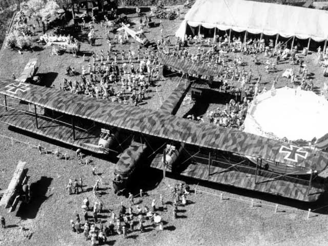 WW1 Wings of Glory – Giants of the Sky: Zeppelin Staaken R ...