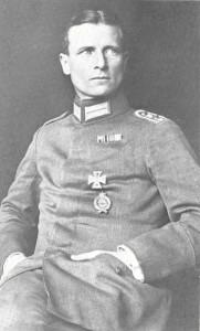 A portrait of Erwin Böhme.