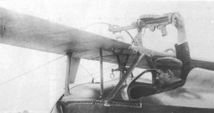 "A view of the machine gun of ""Bébé"", installed above the wings."