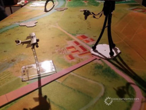 Early preview of Tripods & Triplanes with prototypes at Giocoforza.
